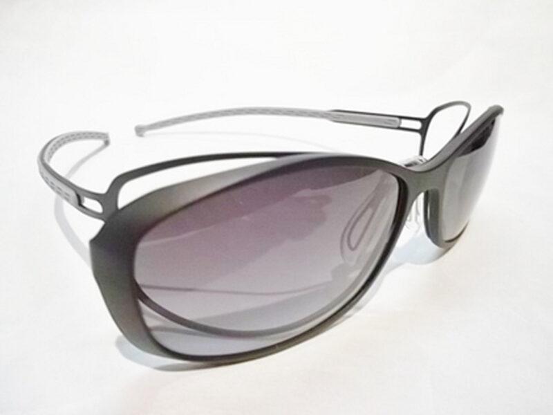 ES-9701 Black / White Gray