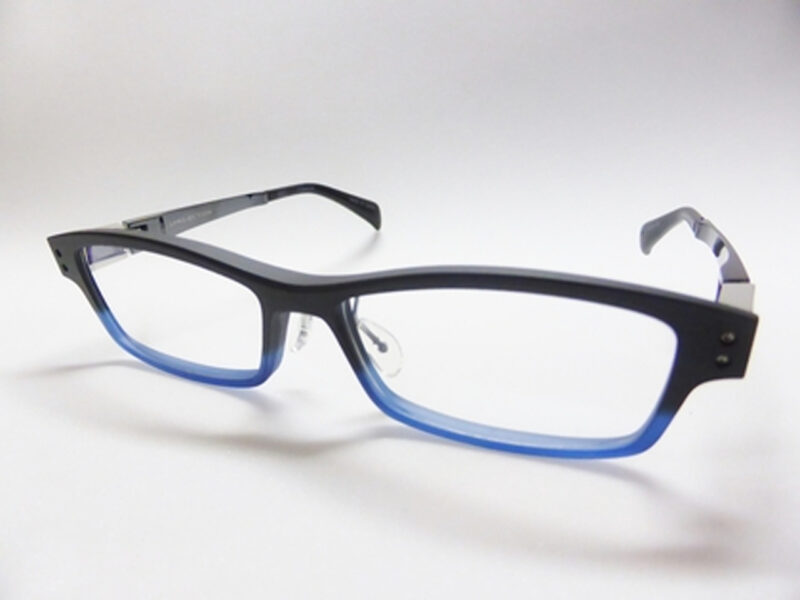 JP-023 Mat Black / Blue Half